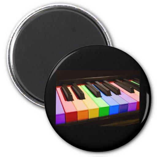 Piano del arco iris imán redondo 5 cm