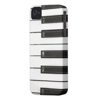 Piano Keys BlackBerry Bold Case-Mate Barely There iPhone 4 Cover