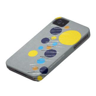 Piano sobre la caja de la casamata del iPhone 4 de Case-Mate iPhone 4 Fundas