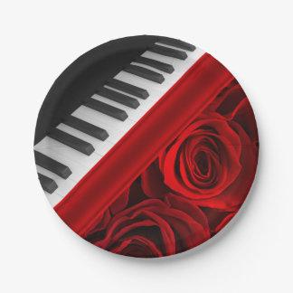 Piano y rosas plato de papel de 7 pulgadas