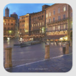 Piazza Del Campo en la oscuridad, Siena Calcomanía Cuadradas