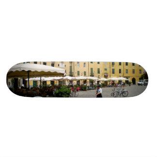 Piazza del Mercato - Piazza Anfitea, Lucca, Italia Skateboard Deck