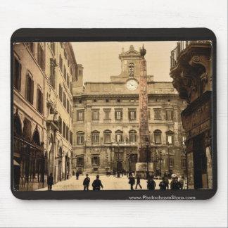 Piazza di Monte Citorio, Rome, Italy classic Photo Mouse Pad