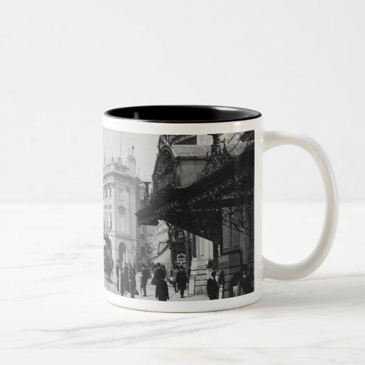 Piccadilly Circus Coffee Mugs