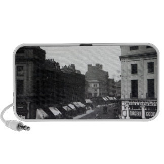 Piccadilly Circus Travelling Speaker