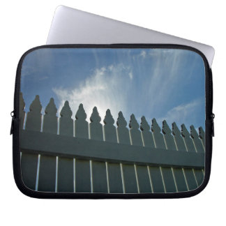 Picket fence laptop computer sleeve