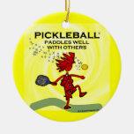 Pickleball se bate bien con otros ornamento para reyes magos
