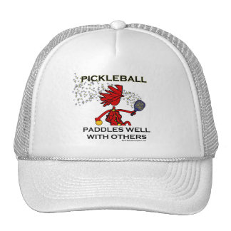 Pickleball se bate bien con otros gorras
