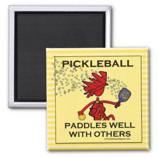 Pickleball se bate bien con otros imán de nevera