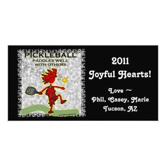 Pickleball se bate bien con otros tarjeta fotografica personalizada