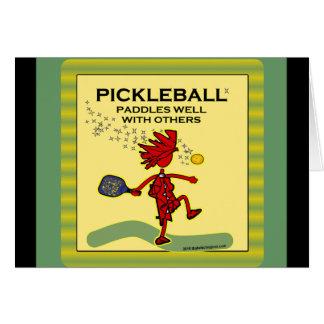 Pickleball se bate bien con otros tarjeton