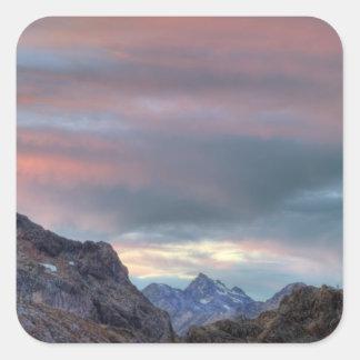 Pico del argonauta, puesta del sol pegatina cuadrada