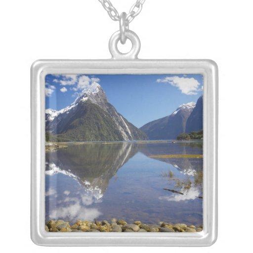 Pico del inglete, Milford Sound, nacional de Colgante Cuadrado