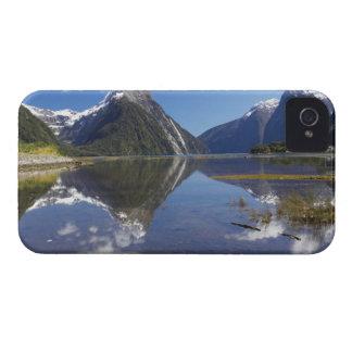 Pico del inglete, Milford Sound, nacional de Fiord iPhone 4 Cobertura