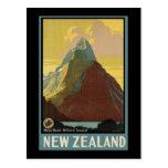 Pico Milford Sound del inglete de Nueva Zelanda Tarjetas Postales