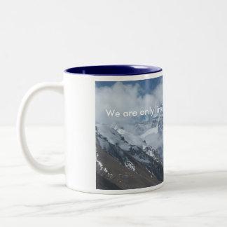 Pico tibetano de Everest Taza De Dos Tonos