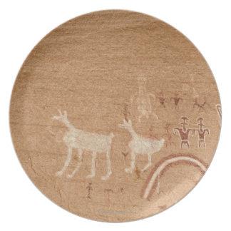 Pictogramas en las paredes de barranco de la plato de cena