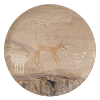 Pictographs of antelope, sheep and goats on dinner plates