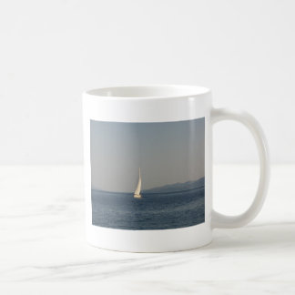 Picture , image Yacht at sea  T-shirts cups, therm Coffee Mug