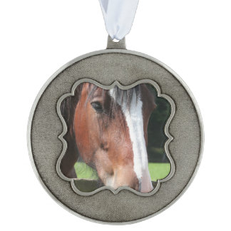 Picture of a Quarter Horse Scalloped Ornament