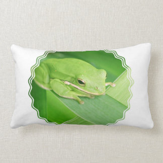 Picture of a Tree Frog Pillow