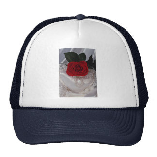 Picture of Red rose on white heart Trucker Hat