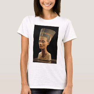 Picture of the Nefertiti Bust in Neues Museum T-Shirt