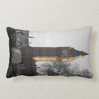 Pida la almohada de Londres de la torre de reloj d