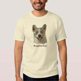 Pidiendo el perro con el texto - productos de Mult Playeras