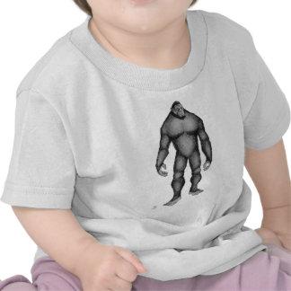 Pie grande (gigante apacible) camisetas