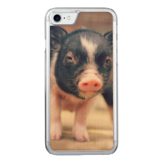 Piebald Pig puppy for Pig Lovers Carved iPhone 8/7 Case