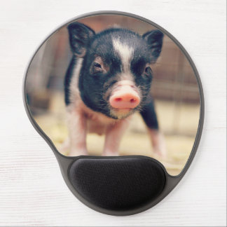 Piebald Pig puppy for Pig Lovers Gel Mouse Pad