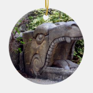 piedra abierta de la boca de la estatua del dragón ornamentos de reyes magos
