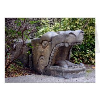 piedra abierta de la boca de la estatua del dragón tarjeta pequeña