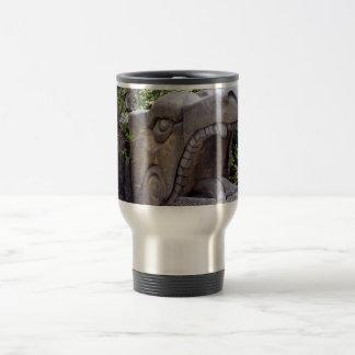 piedra abierta de la boca de la estatua del dragón tazas de café