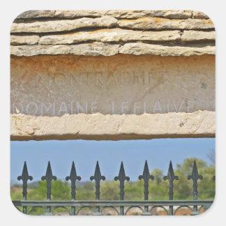 Piedra de la puerta y de la llave tallada con pegatina cuadrada