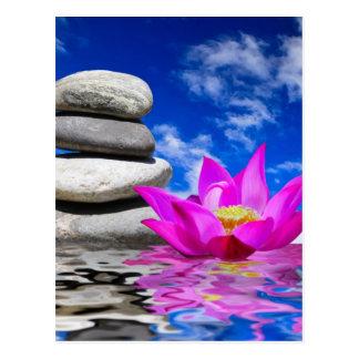 Piedras de la roca de la terapia y flor de Lotus Postal