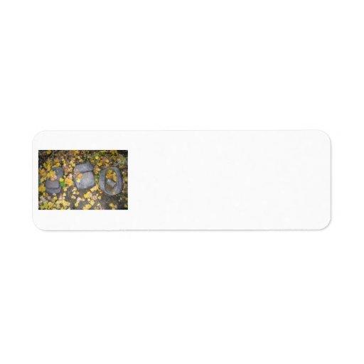piedras de pulido del Azteca con las hojas amarill Etiqueta De Remite