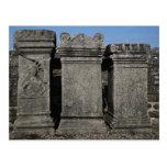 Piedras del altar, templo romano mitraico, Wal de  Tarjetas Postales