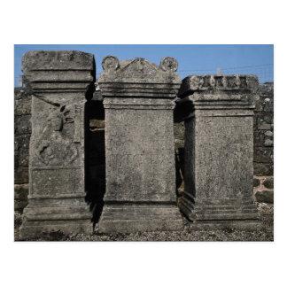 Piedras del altar, templo romano mitraico, Wal de  Tarjeta Postal