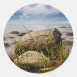 Piedras en la orilla del mar Báltico