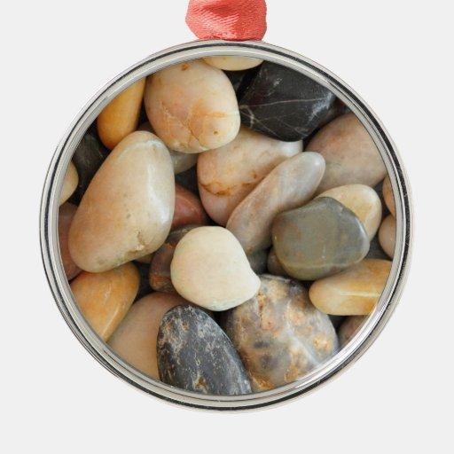 Piedras multicoloras ornamento para arbol de navidad