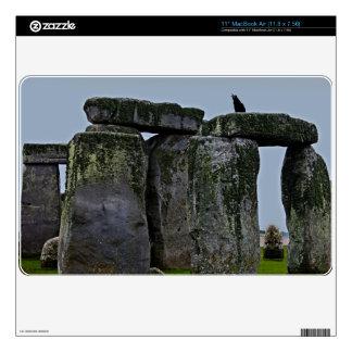 Piedras y grajo derechos célticos de Stonehenge MacBook Skin