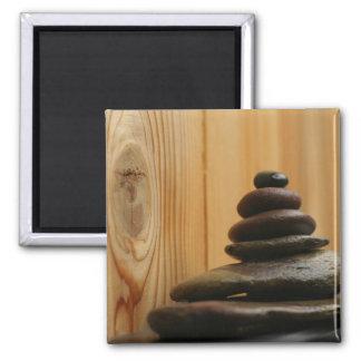 Piedras y madera de la meditación del mojón imán cuadrado