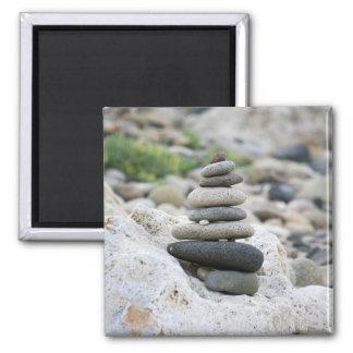 Piedras zen en la playa de Almería Imán Cuadrado