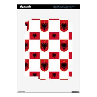Piel albanesa de Zazzle de la bandera y del escudo iPad 3 Pegatina Skin
