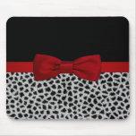Piel blanco y negro elegante linda del leopardo tapetes de raton