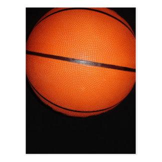 Piel del primer del baloncesto postales