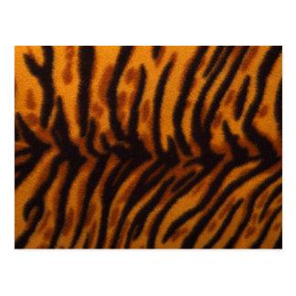 Piel del tigre o plantilla rayada negra de la postales