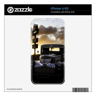 Piel vieja del iPhone 4/4S del camión de Chevy iPhone 4 Calcomanía